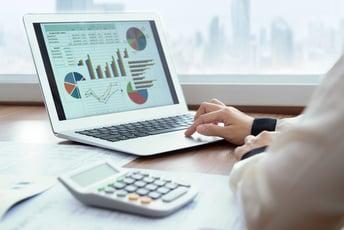 クラウド人事評価システムで業務改善! 選び方や導入メリットを徹底解説