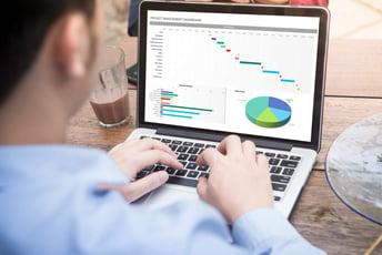 エクセルで人事評価を効率化。人事評価システムP-TH_P-TH+も紹介