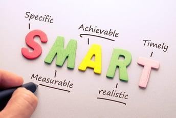 人事評価の目標設定に使える「SMARTの原則」とは?目標設定の例も紹介